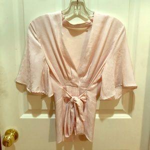 NWOT - ASTR Kimono tie-waist blouse